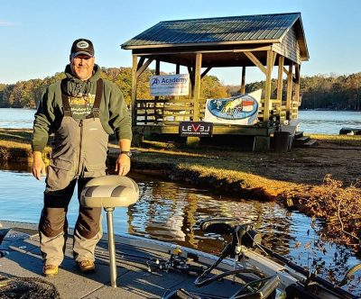 Tournament Results Yadkin Dec 1, 2018 Williams & Henley Win With 2 Bass!  4.15 lbs!