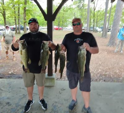 Tournament Results Lake Murray, SC Spring Final April 13, 2019! Bradley Rhodes & Chris Dorlan Won Big With 5 Bass Weighing 23.10 lbs! Also 1st BF at 6.57 lbs & Earned a Lews Speed Stick! Their Total Take Home Pay Was $3,168.00!