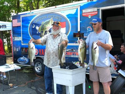 Tournament Results Old North Falls Lake, NC April 28, 2019 The Allens Are Hot! 3 in a Row! 26.04 Lbs $2,560.00  Almost $8,000 in Winnings Over the Last 3 Old North Qualifiers!