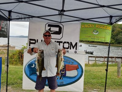 Tournament Results Yadkin Badin Lake, NC Oct 6, 2019 Kevin & Alan Chandler Weighed in 5 Good Ones 18.82 lbs 1st place & 1st BF With a 6.24 lb Hawg!  $1,018.00!